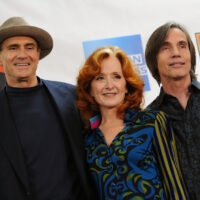 James Taylor, Bonnie Raitt and Jackson Browne attend the 25th Anniversary Rock & Roll Hall of Fame Concert at Madison Square Garden on October 29, 2009 in New York City. © Bryan Bedder/Getty Images