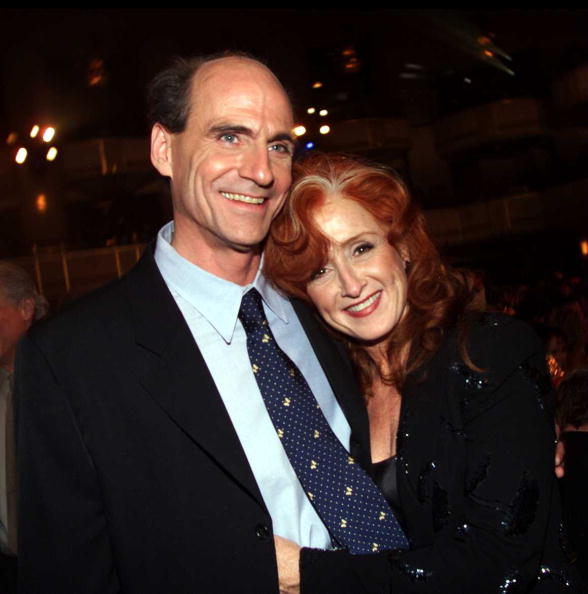 James Taylor and Bonnie Raitt during 15th Annual Rock and Roll Hall of Fame Induction Ceremony, 2000 at Waldorf-Astoria in New York, New York, United States. © Kevin Mazur/WireImage
