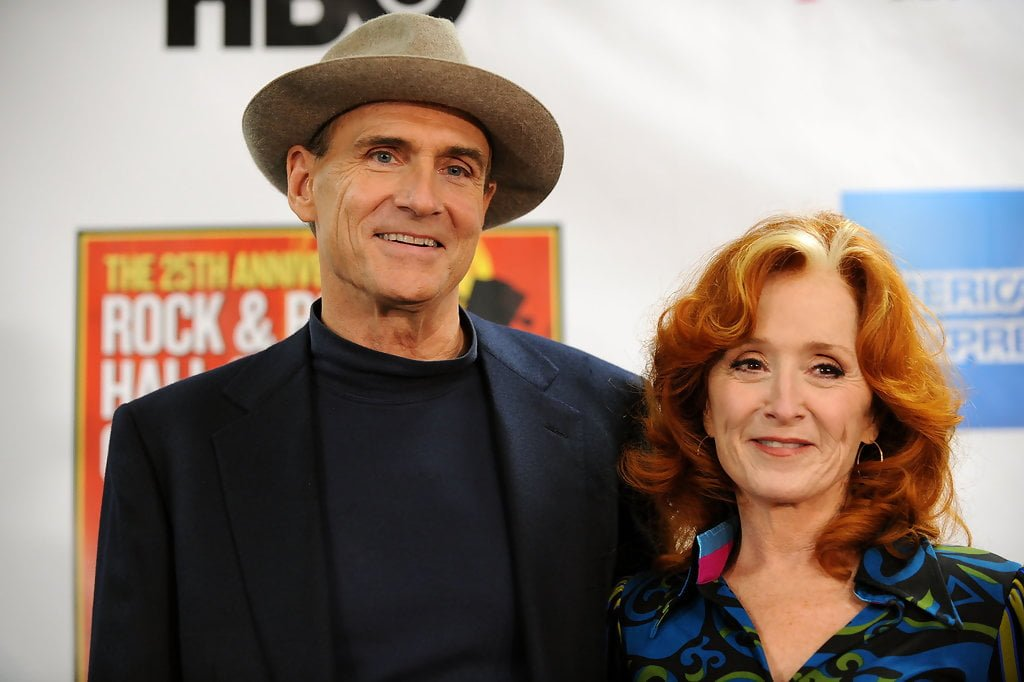 James Taylor and Bonnie Raitt attend the 25th Anniversary Rock & Roll Hall of Fame Concert at Madison Square Garden on October 29, 2009 in New York City. © Bryan Bedder/Getty Images