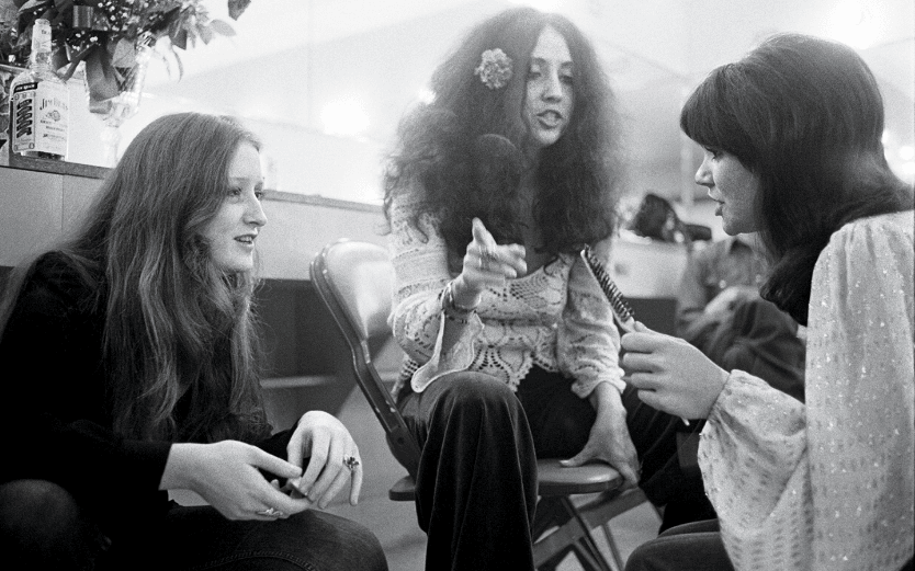 Bonnie Raitt, Maria Muldaur, Linda Ronstadt, Santa Monica, 1974 © Henry Dilitz