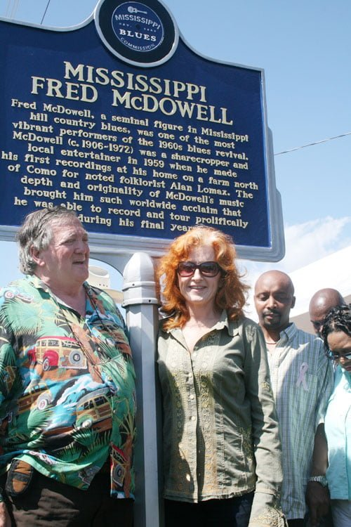 Very Happy and emotional reunion of sorts, Dick Waterman and Bonnie Raitt, back in Como, Mississippi to honor their old friend Mississippi Fred McDowell