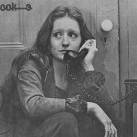 Bonnie Raitt Cover Page, The Real Paper Interview, Oct. 24, 1973 by Gail Pellett & Kit Rachlis  © Jeff Albertson