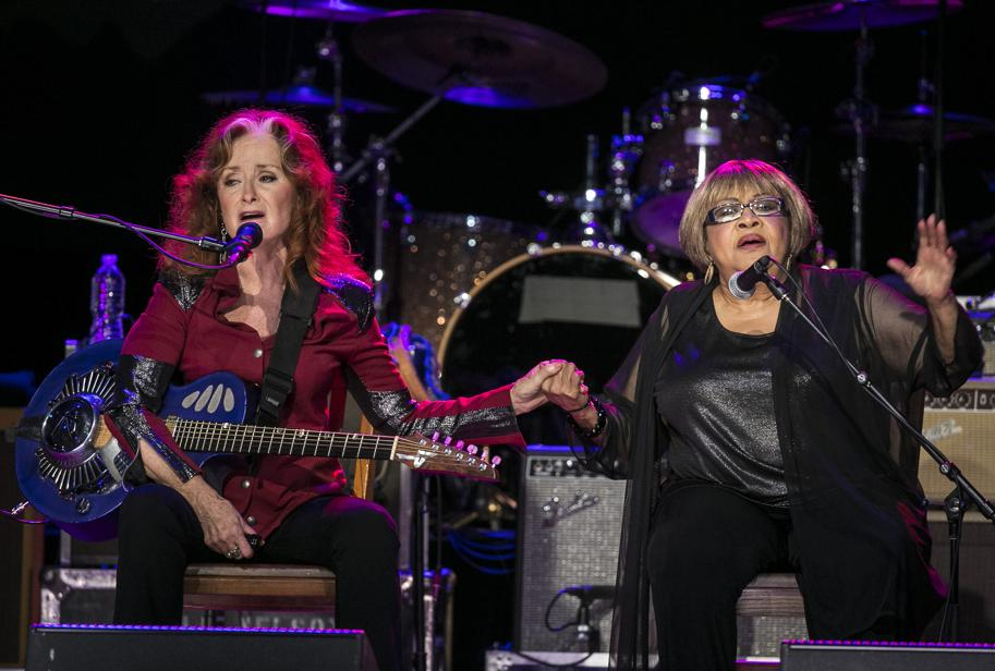 """Bonnie Raitt and Mavis Staples, sing, """"Well, Well, Well,"""" during the Austin City Limits Hall of Fame Induction and Celebration held at ACL Live at the Moody Theatre, in Austin, Tx., on Wednesday, Oct. 12, 2016. Performers B.B. King, Bonnie Raitt and Kris Kristofferson, were inducted. (AUSTIN AMERICAN-STATESMAN / RODOLFO GONZALEZ)"""