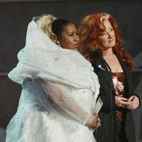 Aretha Franklin and Bonnie Raitt - The 45th Annual GRAMMY Awards Show - 2/23/2003
