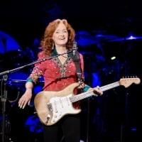 Bonnie Raitt performing at Verizon Arena - Little Rock, Arkansas 2-15-2019  © Brian Chilson